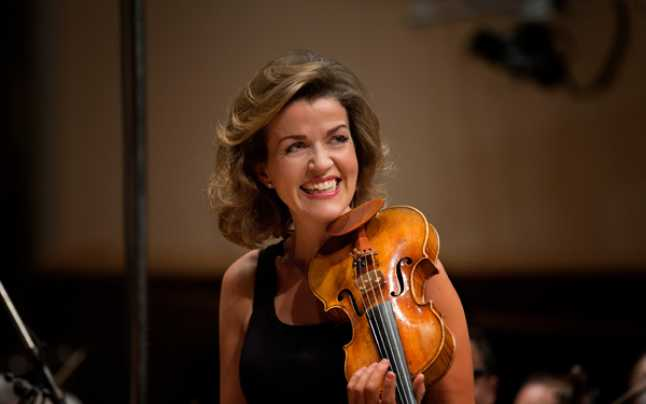 Celebra violonistă Anne-Sophie Mutter are coronavirus VIDEO