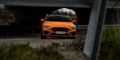 Test Drive Ford Focus ST 2.0 EcoBlue